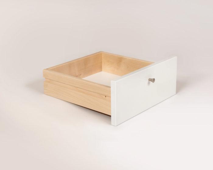 Ykkös yöpöytä laatikko